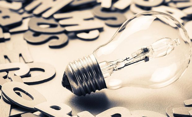 a lightbulb representing the effectiveness of content marketing services